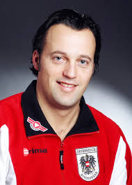 Zugsführer Karl Jindrak erspielte mit Doppel-Partner Werner Schlager die Goldmedaille. - jindrak_karl_em