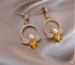 US$ 868.00 - Yellow diamond honey bee <b>earring</b> with advanced ...