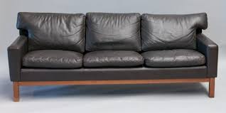 stunning leather mid century sofa vintage black leather mid century modern sofa with rosewood base myfurnituredepo black leather mid century