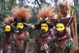 Resultado de imagem para tribos papua nova guiné
