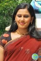 devika nambiar saree stills (6) - devika-nambiar-saree-stills-6-132x198