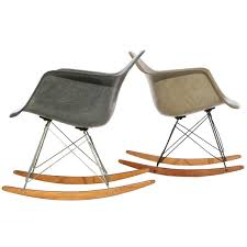 zenith shell rocking chair rar by charles and ray eames at 1stdibs charles ray furniture