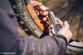 How to find the perfect <b>tire pressure</b> for your mountain <b>bike</b> ...