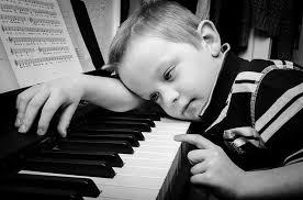 Image result for anak belajar piano