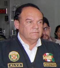 Luis Alva Castro