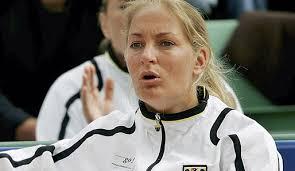 Teamchefin Barbara Rittner wird die Aufstellung für das Relegationspiel ...