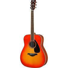 <b>Акустическая гитара YAMAHA FS820</b> AUTUMN BURST