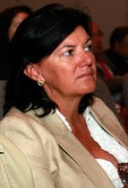Isabel Barreiro pasó de dirigir el gabinete de Juan José Güemes en la Consejería de Sanidad de Madrid al laboratorio farmacéutico GSK. - puerta-giratoria-foto2