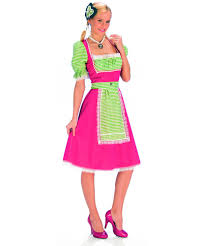Национальный <b>костюм баварки</b>: платье (Германия)