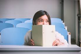 education archives focus a list of 8 key competencies which they believe all educational institutions should provide their students to promote lifelong learning