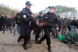 """Résultat de recherche d'images pour """"photos migrants police"""""""