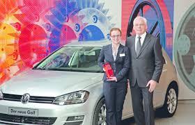"""Kirsten Hellmann siegt beim """"Woman Driving Award"""" von VW VW - Kirsten-Hellmann-siegt-beim-Woman-Driving-Award-von-VW-ampnet_1_1353679211-620x400"""