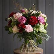 <b>Luxury Flowers</b> Luton - The <b>Flower Girl</b> Florist