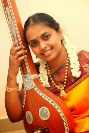 sruti magazine n jana srinivasan n jana srinivasan hails from the revered d k pattammal school of music her parents initiated her into carnatic music at the age of ten