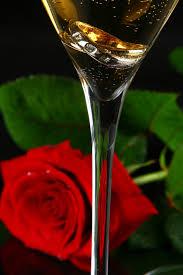 <b>Бокал шампанского</b> Векторы, фото и PSD файлы | Скачать