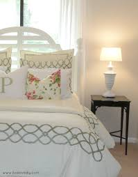 decorating my bedroom: livelovediy decorating bedrooms with secondhand finds the guest