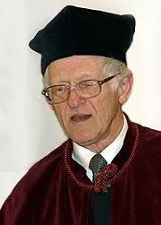 AM - Doktorzy Honoris Causa: Andrzej Jasiński. Pianista i pedagog, urodzony 23 października 1936 roku w Częstochowie. Tam też w 1952 roku ukończył Państwową ... - 314_doktorzy_03