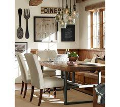 Modern and simplistic details combine to create a clean and chic ...