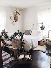 1000 ideas about christmas bedroom decorations on pinterest christmas bedroom christmas living rooms and quilts online bedroommesmerizing amazing breakfast nook decorating ideas