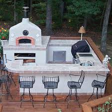 kitchen design entertaining includes: this u shaped outdoor kitchen has everything a chef may need