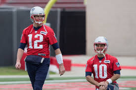 patriots want to extend tom brady years jimmy garoppolo trade photo by bob levey getty images