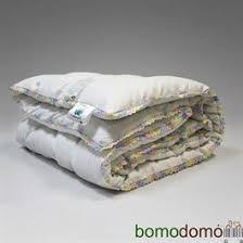 • Одеяла и <b>подушки</b> для детей