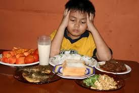 Ajak Anak Santap Makanan Sehat Sejak Dini
