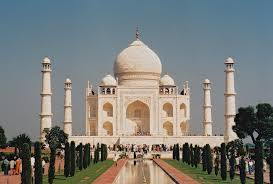 <b>Taj Mahal</b> is losing its sheen & <b>colour</b> because of DNA-sized carbon ...
