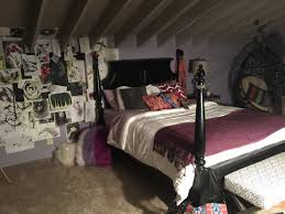 wolf bedroom learn more at setdecoratorsorg  learn more at setdecoratorsorg