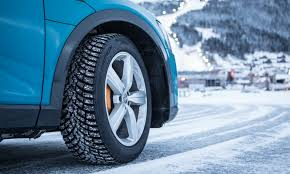 Pirelli unveils new <b>Pirelli Ice Zero</b> 2 studded winter tires
