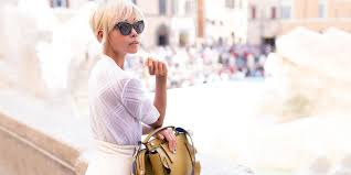 WeChat For Luxury Brands: 7 Tips To Reach Affluent <b>Chinese</b> Tourists
