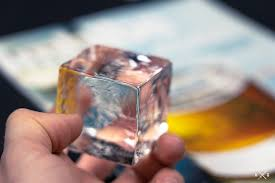 Tips and Tricks for <b>Making</b> Clear <b>Ice</b> Cubes at Home and the Best ...