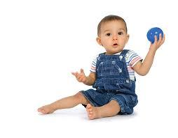 Znalezione obrazy dla zapytania pediatricians at work with babies