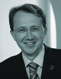 Matthias Stadler. Das Barockfestival St. Pölten hat sich binnen nur sieben Jahren als Fixpunkt im kulturellen Leben St. Pöltens etabliert. - stadler2-246x317