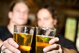10 bénéfices qu'a le Whisky sur votre santé Images?q=tbn:ANd9GcRVQxRooCvEiFTxA4hUp0Pb7IyeFD-vTlpKC4mmtEcVZx_UB8ke