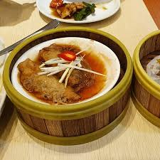 Good lunch dimsum Promo 1 basket only 10K. Lumpia Ayam <b>titan</b> ...