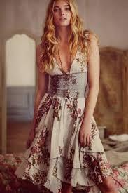 <b>Summer hot dresses</b>