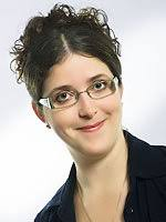 Claudia Spörk Tel. 0316/77 29 10-11 claudia.spoerk@uniqa.at · Susanne Bäck - img_989040167_marlene