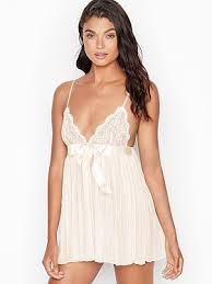 <b>Wedding</b> & <b>Bridal Lingerie</b> - Victoria's Secret