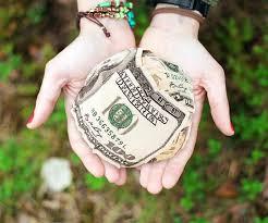Darowizna pieniężna wypłacona w ratach a obowiązek podatkowy