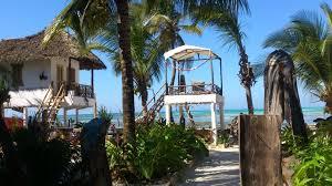 Mango <b>Beach House</b>