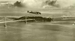 「Amelia Mary Earhart flies from hawaii to california」の画像検索結果