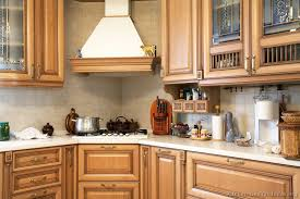 kitchen design cabinets traditional light: traditional light wood kitchen kitchen cabinets traditional light wood a s corner cooktop wood hood