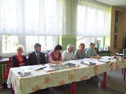 Janina Strzelecka, Ilona Matuszczyk, ks. proboszcz Mieczysław Wach, Marzena Glejzer. - x18