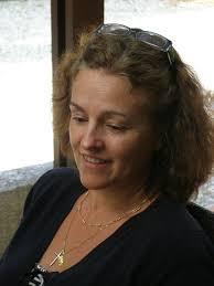 Marie-Pierre Vives, l'ex-présidente, ayant annoncé sa décision de démissionner de son poste, les adhérentes ont voté pour Elizabeth Bignolles (notre photo) ... - 76805038_o