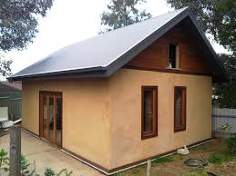 Straw Bale Video   Huff     n     Puff Strawbale ConstructionsHome is a Straw Bale House