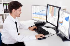 financial analysts job title overview vault com overview financial analysts