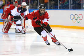 Catherine Ward #18 of Canada handles the puck in the second period against the United States during the Women's Ice Hockey Preliminary Round Group A game on ... - Catherine%2BWard%2BIce%2BHockey%2BWinter%2BOlympics%2BrKRXozH3fngl