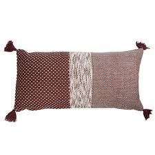 Купить <b>Подушка декоративная</b> бордового цвета крупной вязки из ...