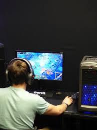 Компания Google получила патент на игровой контроллер ...